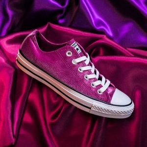 Converse womens shoes sapphire pink new